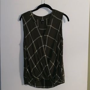 a.n.a. Hunter Green Plaid Crossover Top Size M